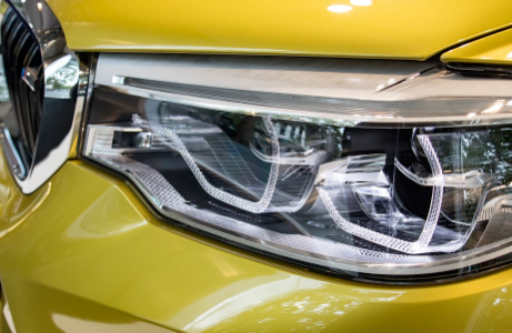 Headlight Lens Polish and Restoration for Safer Night Driving Visibility